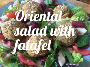 Oriental salad with falafel